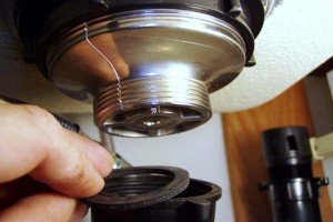 Kitchen-Sink-Drain-Repair-Check-The-Seals